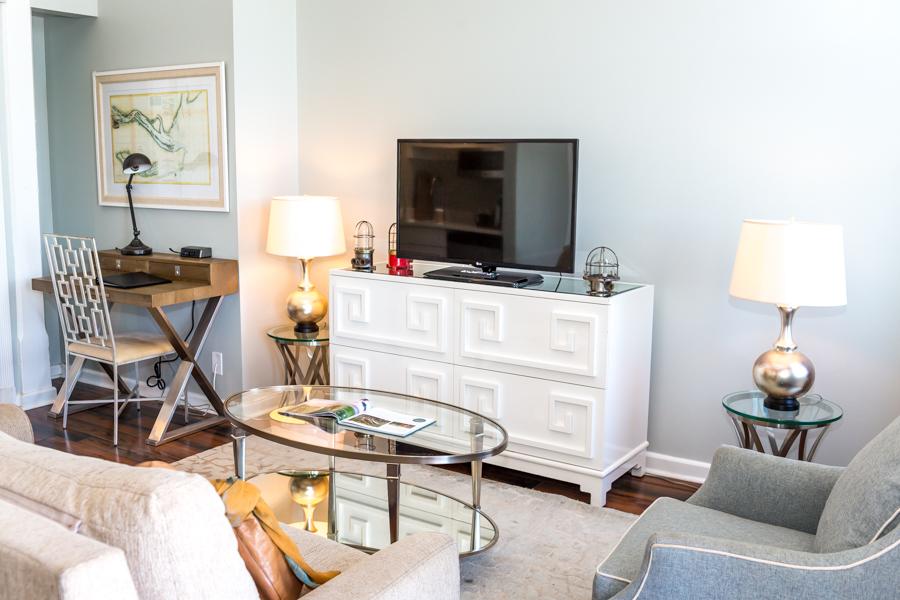 Phenomenal River Street Hotel Suites Hotels In Savannah Ga Olde Download Free Architecture Designs Licukmadebymaigaardcom