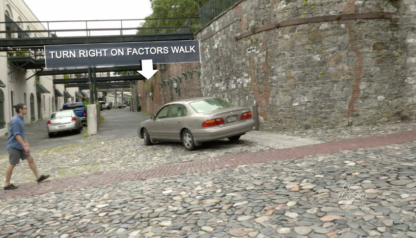 Directions to Olde Harbour Inn - Turn Right on Factors Walk