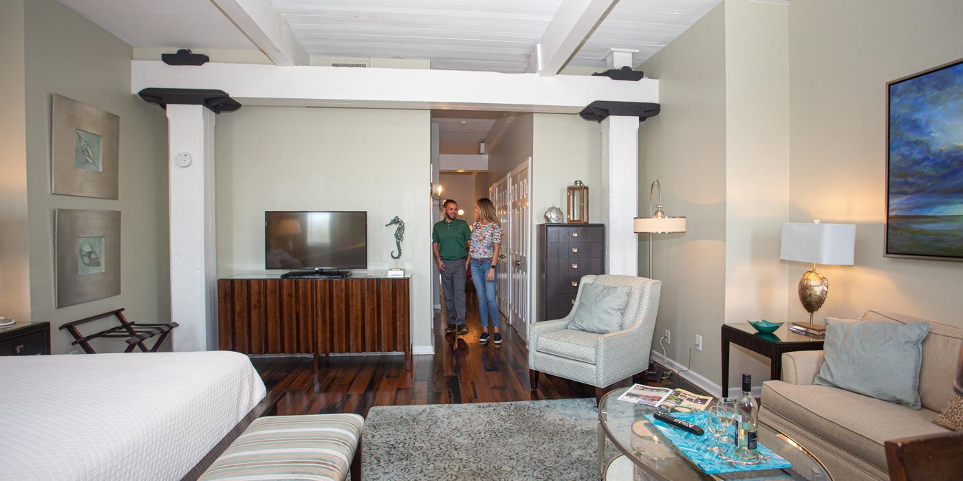 Savannah Hotel Reviews for The Olde Harbour Inn
