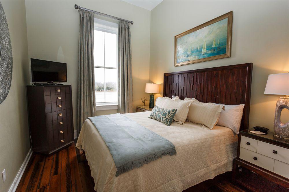 Welcoming Hotel Room in Historic Savannah Georgia